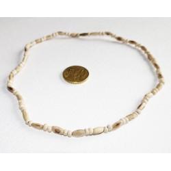 Tulasi Halskette abwechselnd rund und länglich